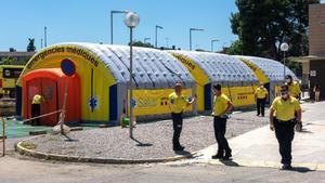 Hospital de campaña junto al Hospital Arnau de Vilanova de Lleida.