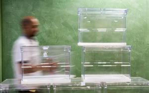 Urnas para ser utilizadas en las elecciones municipales de mayo del 2015.