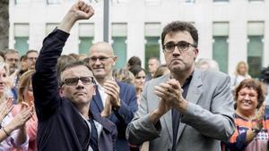 Josep Maria Jové yLluís Salvadóa las puertas de la Ciutat de la Justicia el22 de septiembre del 2017.