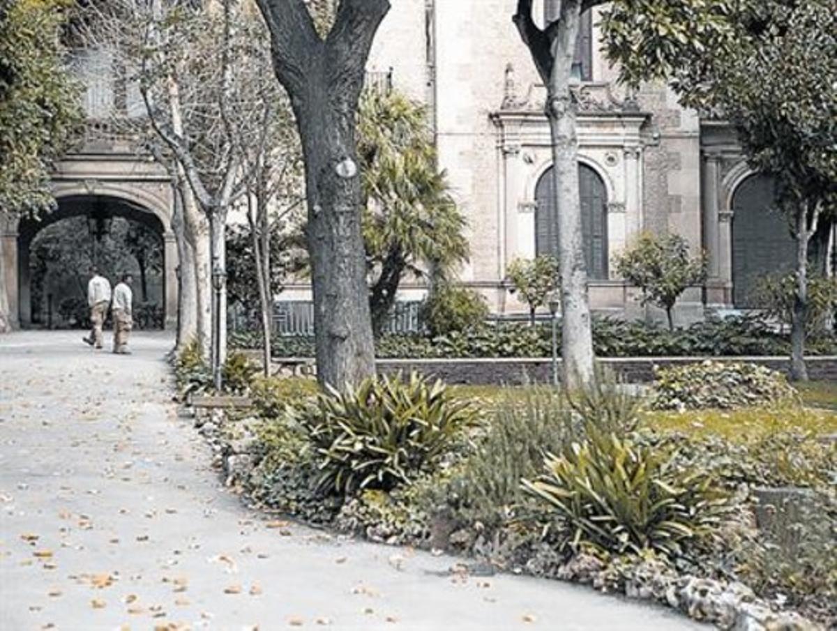 Casa y jardines de Muñoz Ramonet, en Muntaner, 282.
