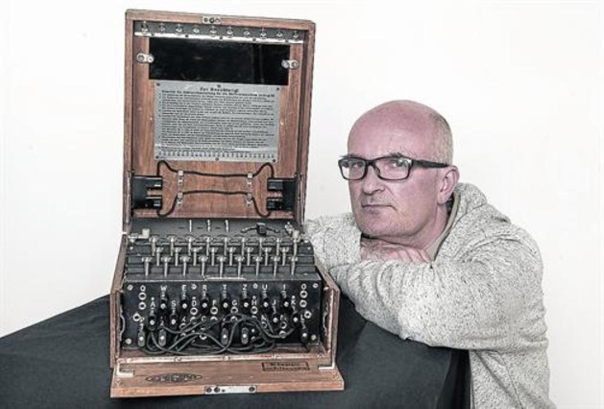 Òscar Font: «Vendí un clarinete de Woody Allen para comprar la Enigma»