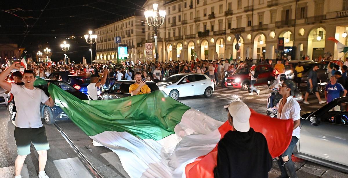UEFA EURO 2020 Italian fans
