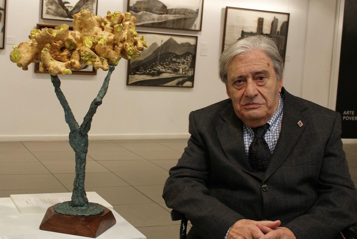 Manuel Cusachs, escultor.