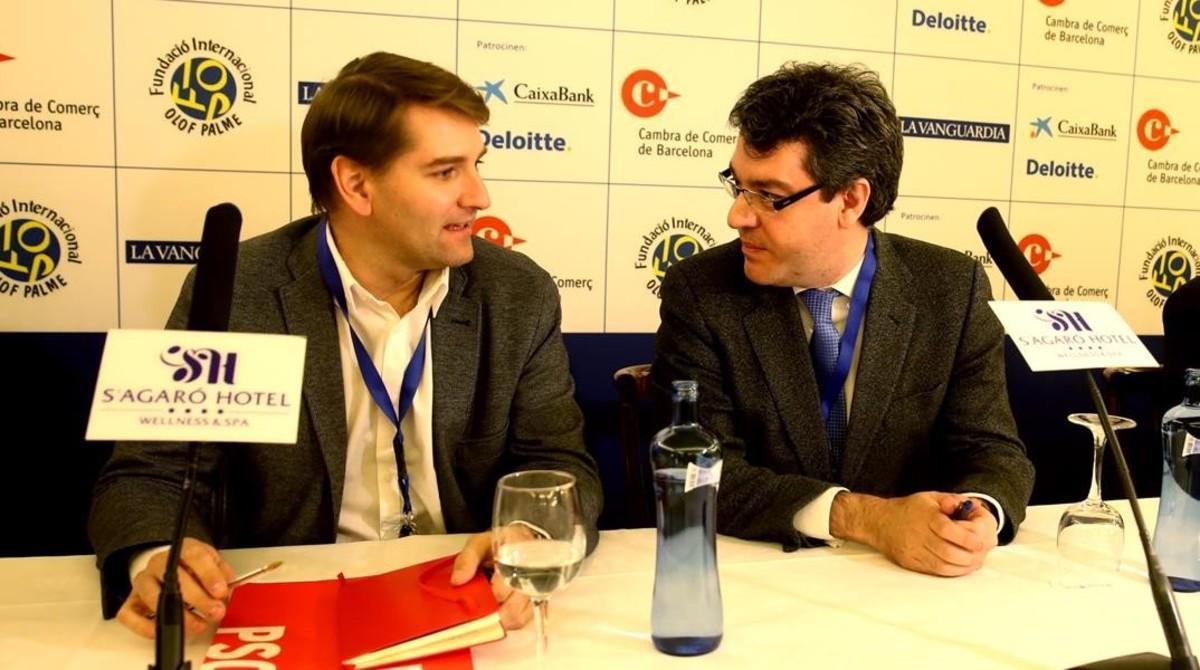 Los secretarios de Economía del PSOE, Manuel de la Rocha, y del PP, Álvaro Nadal, en un debate en S'Agaró, en noviembre pasado.