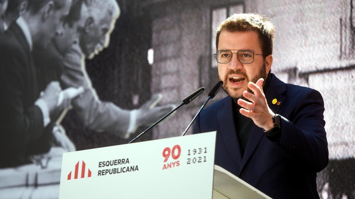 El candidato a la presidencia de la Generalitat por ERC, Pere Aragonès, durante su intervención en el acto de celebración del 90 aniversario de la fundación del partido republicano