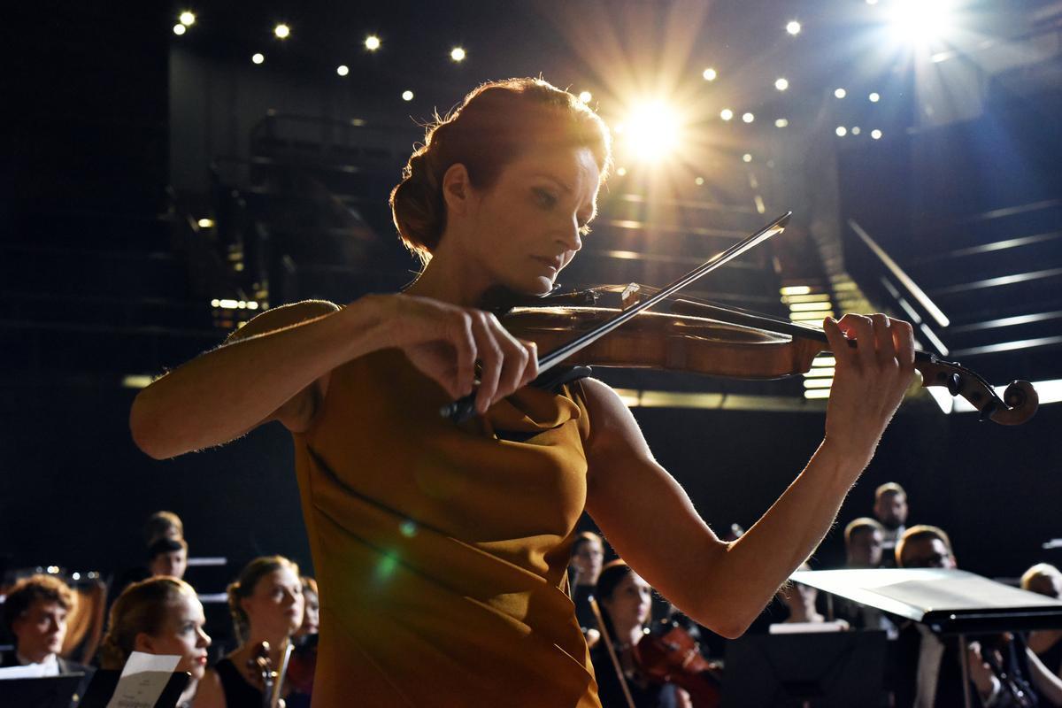 Estrenos de la semana. Tráiler de 'La violinista'.