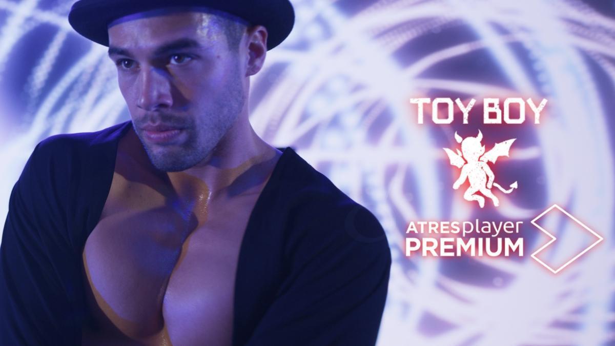 Escena de la segunda temporada de 'Toy Boy'