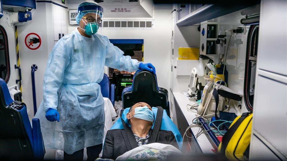 Europa activa els controls per l'amenaça del virus xinès