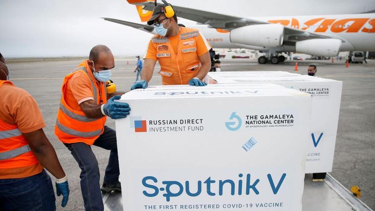 Alemania negocia la compra de 30 millones de dosis de Sputnik V
