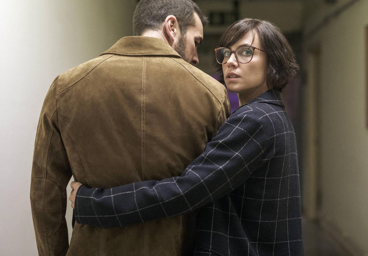Mario Casas y Aura Garrido, en 'El inocente'