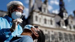 Europa s'enfronta amb noves mesures a la segona onada de coronavirus