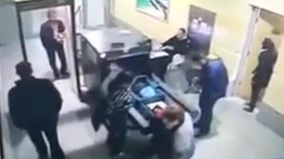El secuestrador era un 'idiota'.