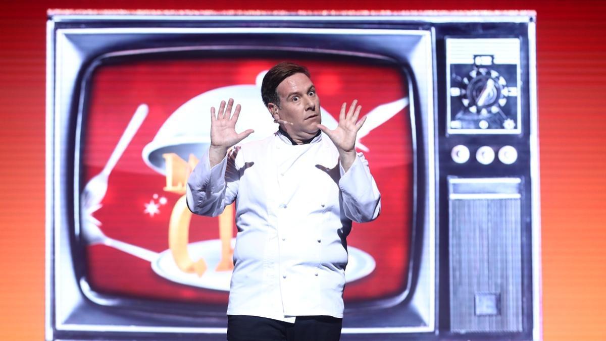 El humorista recrea en el espectáculo varias decenas de personajes.