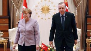 El presidente turco, Recep Tayyip ERdogan, y la cancllera alemana, Angela Merkel, el pasado día 2 de febrero tras una reunión en Ankara.