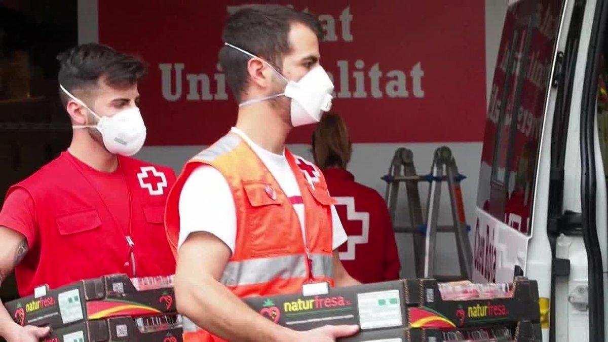 El presidente de Cruz Roja Catalunya, Josep Quitet, ha explicado que la previsión de la organización es que en solo dos meses suban a 200.000 las personas en situación de vulnerabilidad.