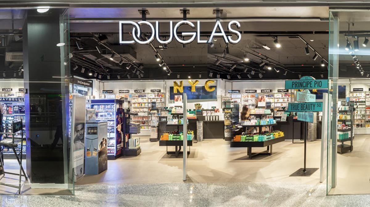 Douglas llega al Corte Ingles y arrasa en ventas
