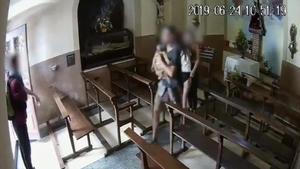 Els Mossos busquen quatre joves que van robar un Crist a Berga