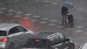 El temporal deja en Valencia granizo, 5.400 rayos y hasta 112 litros por metro cuadrado de agua