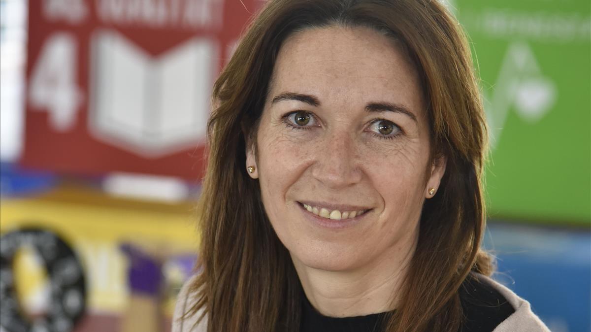 Mònica Román, directora de la escuela Els Pins, de Castelldefels.