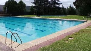 Mor un nen de 4 anys que va caure en una piscina particular a Còrdova