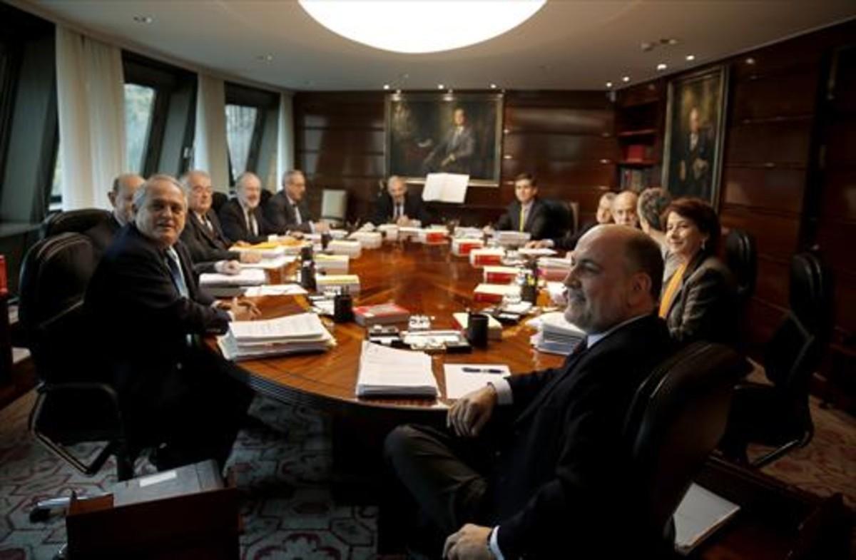 Los magistrados del Constitucional, antes de un pleno.
