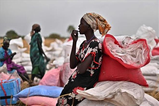 Un día de gasto militar internacional bastaría para salvar del hambre a 34 millones de personas