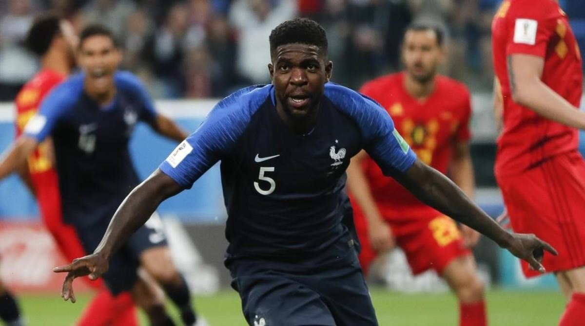 Umtiti celebra su gol, que ha valido a Francia para ser el primer finalista del Mundial