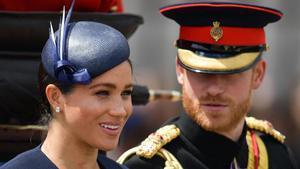 Meghan Markle y su marido el príncipe Enrique, en el desfile militar 'Trooping the Colour'.