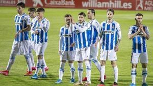 Los jugadores del Espanyol, tras su partido contra el Mirandés.