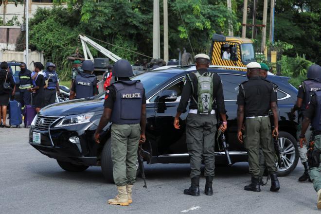 Hombres armados liberan a más de 830 presos de una cárcel de Nigeria
