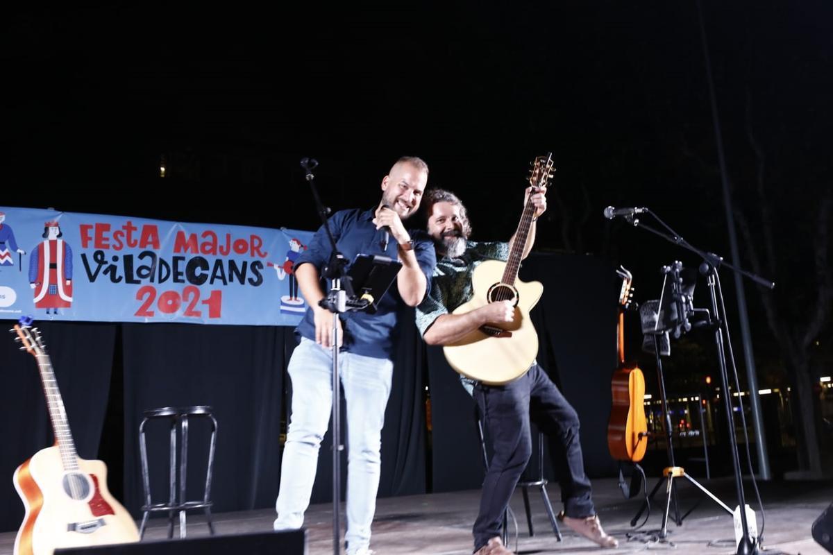 Actuación en el escenario del Festival Ocellets