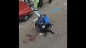 Captura del vídeo de la pelea.