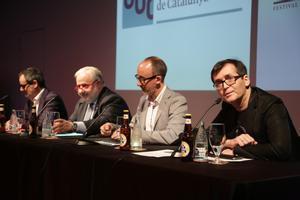 De izquierda a derecha, Francisco Vargas, Josep A. Planell, Jordi Sánchez-Navarro y Ángel Sala, en la presentación del nuevo máster de cine fantástico de Sitges y la UOC.