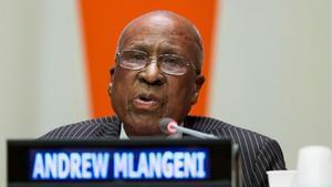 Andrew Mlangeni en una fotografía de archivo del 2013.
