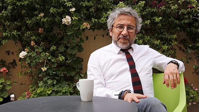 Entrevista con el periodista turco exiliado en Alemania Can Dündar