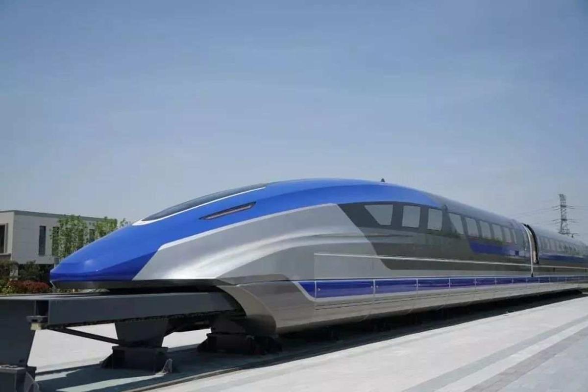 El nuevo tren maglev de China.