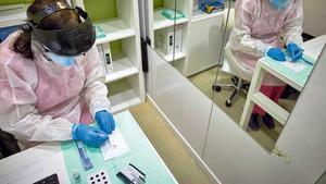 Realización de un test de antígenos del coronavirus en Madrid.