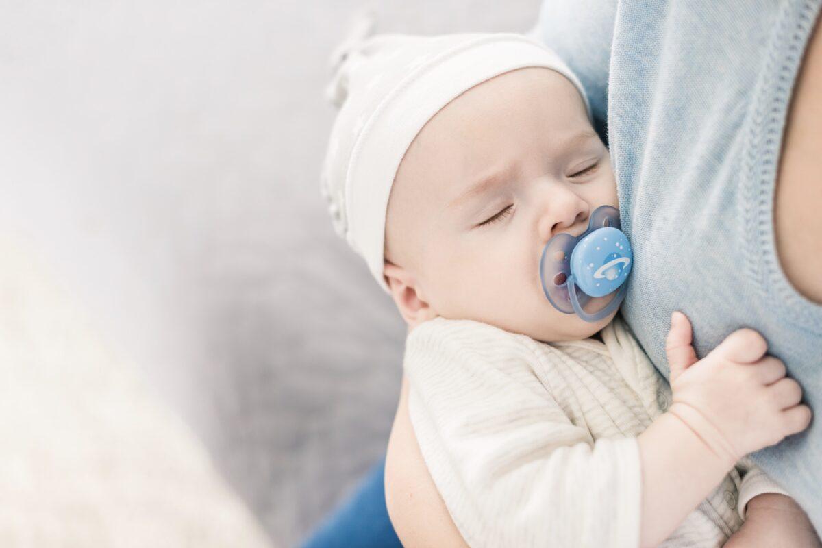 Hallan tasas de microplásticos inesperadamente altas en las heces de bebés
