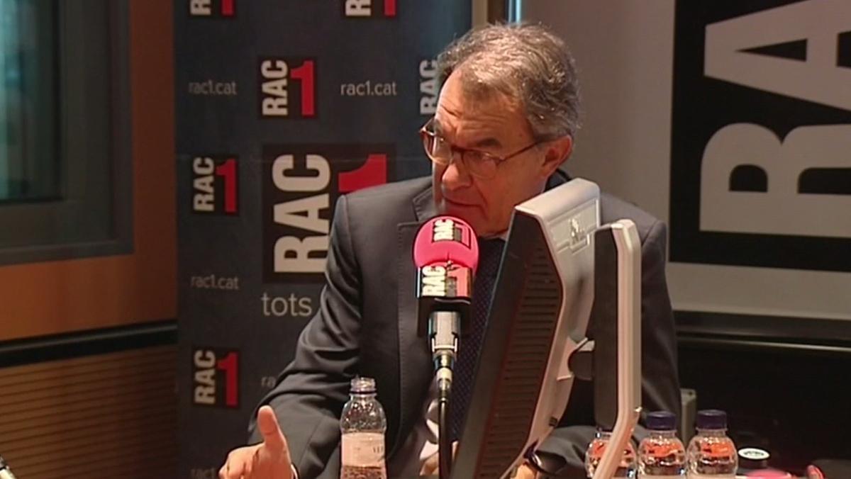 Mas ha destacado que el soberanismo catalán responde con movilización y civismo a un Estado de represión policial.