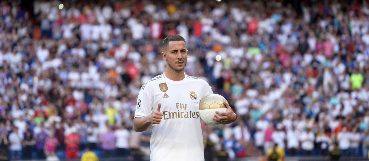 Eden Hazard durante su presentación como jugador del Madrid.