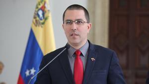 El canciller venezolanoJorge Arreaza habla durante una rueda de prensa.