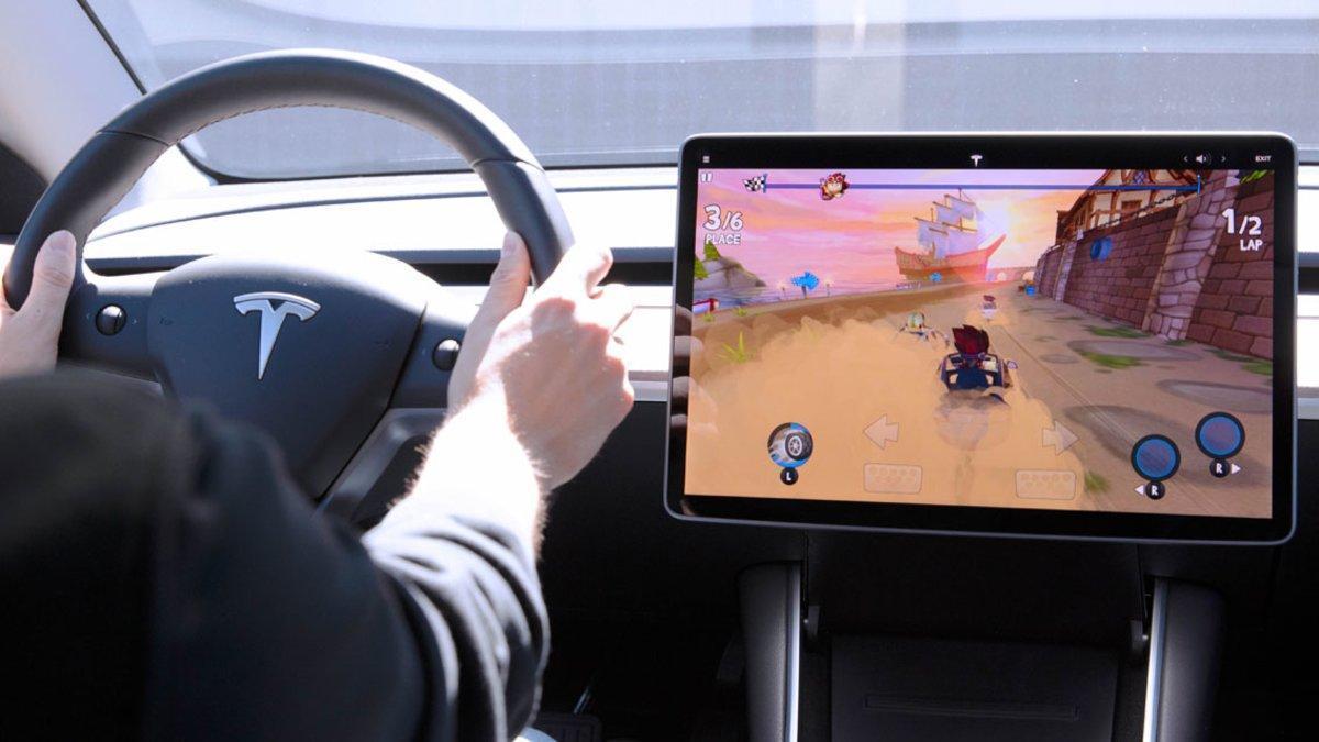 Videojuego de Tesla Beach Buggy Racing 2.