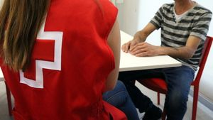 Fèlix y Míriam Donate en Cruz Roja de Sabadell.