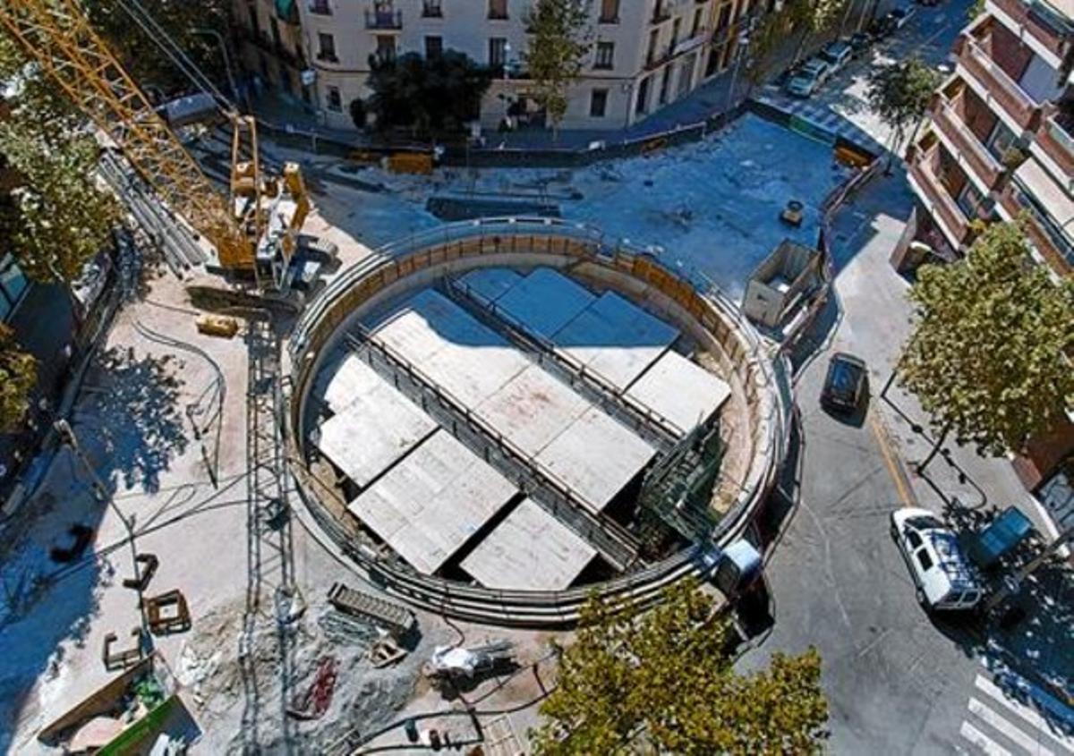 Pozo de Mallorca-Padilla, donde la tuneladora 'Barcino' reemprende su marcha hacia la Sagrada Família, ayer.