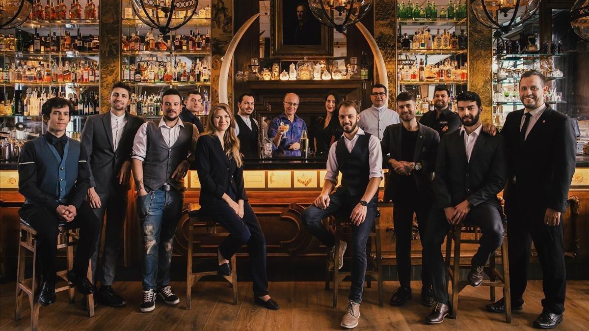 Los responsables de los establecimientos que participan en el novedoso Cocktail boulevard.