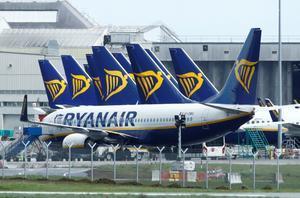 Aviones de Ryanair en el Aeropuerto de Dublín, 1 mayo 2020