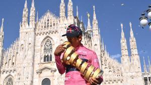 Egan Bernal guanya el Giro i renuncia al Tour per córrer la Vuelta