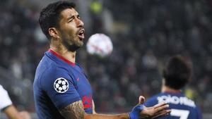 Luis Suárez se lamenta en el partido ante el Lokomotiv.