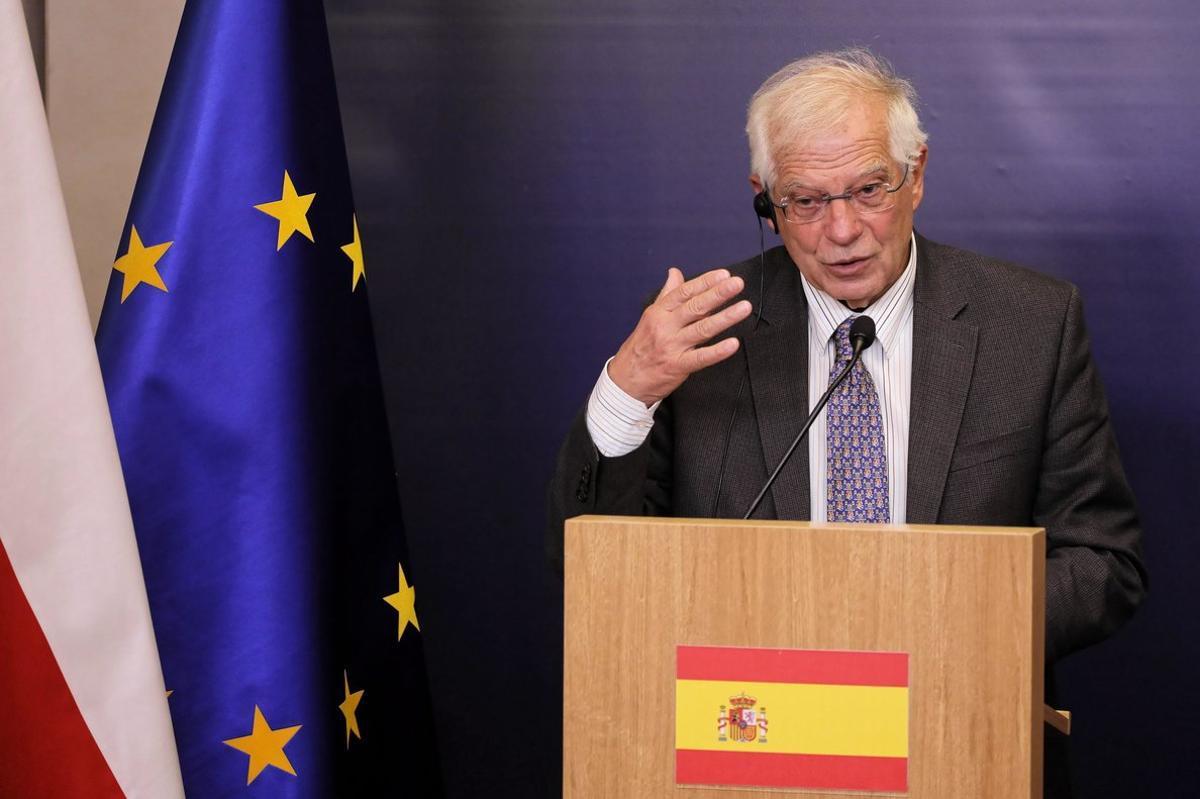 El ministro español de Asuntos Exteriores, Josep Borrell, en Varsovia.