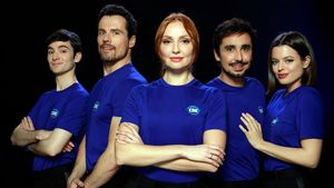Los protagonistas de la serie de A-3 'Cuerpo de élite':Álvaro Fontalba,Octavi Pujades,Cristina Castaño,Canco Rodríguez yAdriana Torrebejano